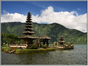 Bedugul And Singaraja Tour - Bali Sightseeing Tour